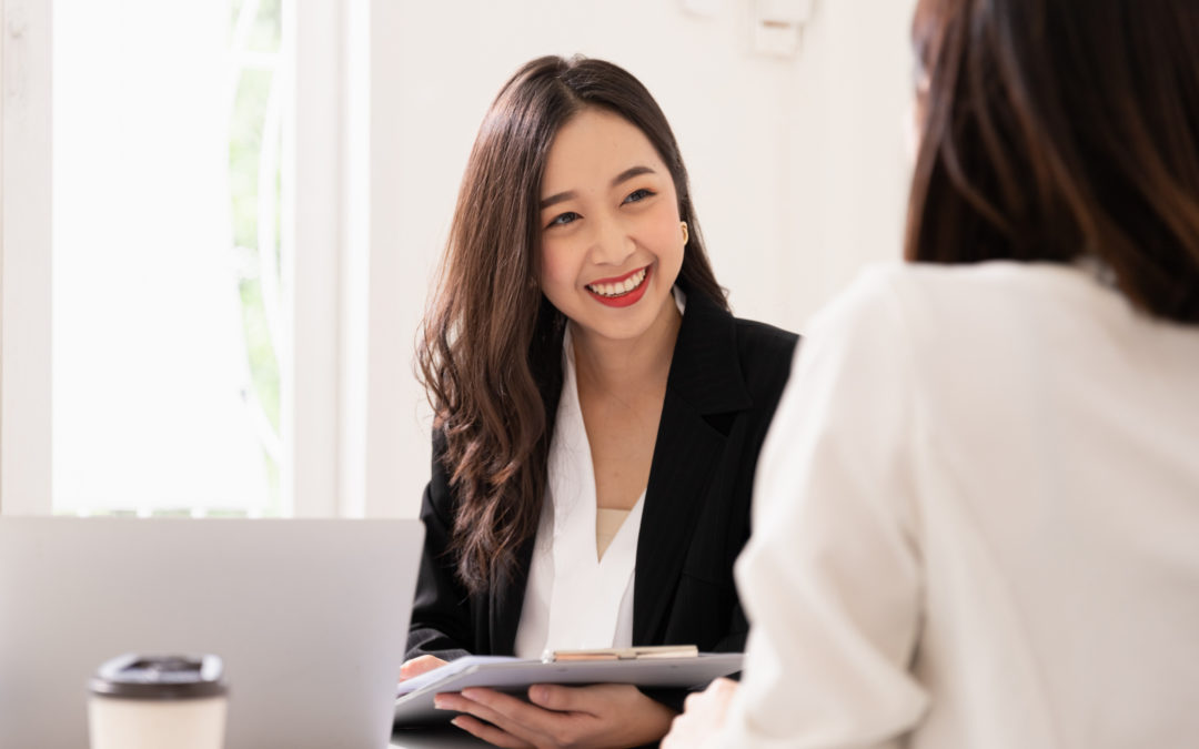 What Women Need to Know When Working With a Financial Advisor | 5 Tips